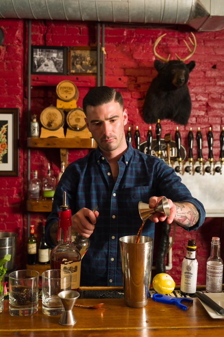 Bartending & Mixology - Lifestyle Photographer