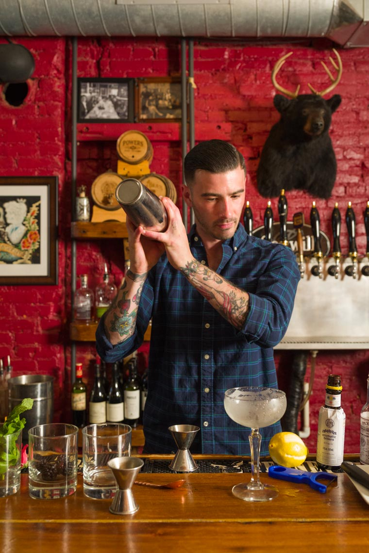 Bartending & Mixology - Lifestyle Photographer Doylestown, PA